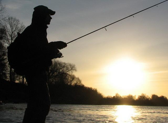 Ловля щуки в октябре на малом водоеме может быть результативной - стоит лишь найти точку концентрации рыбы.