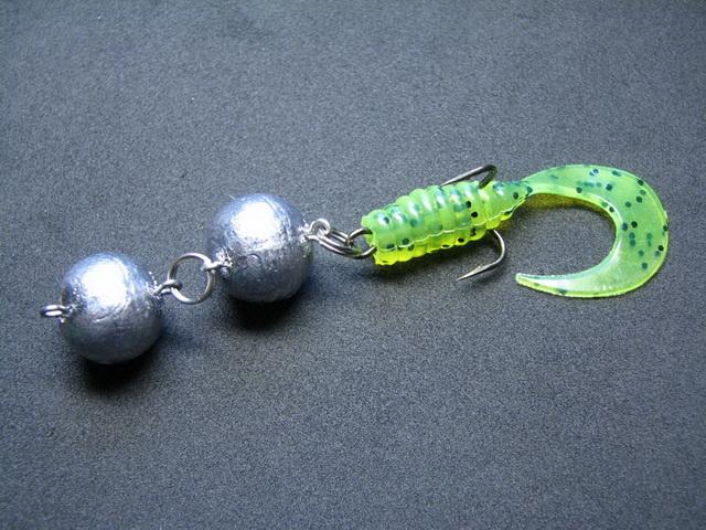 Даже небольшие джиг приманки на щуку в heavy jig оснащаются грузами экстремальных размеров.