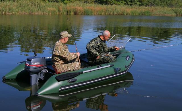 Идеальная лодка для ловли щуки на глубине