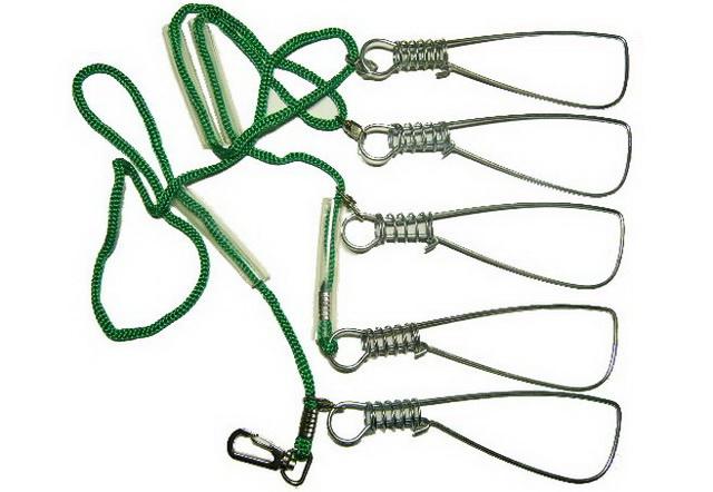 Если вы все-таки купили кукан на веревке - обязательно сушите его после рыбалки.