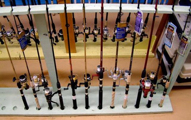Дорогая пробка и эксклюзивные кольца - это последнее, на что нужно обращать внимание при выборе спиннинга в магазине.
